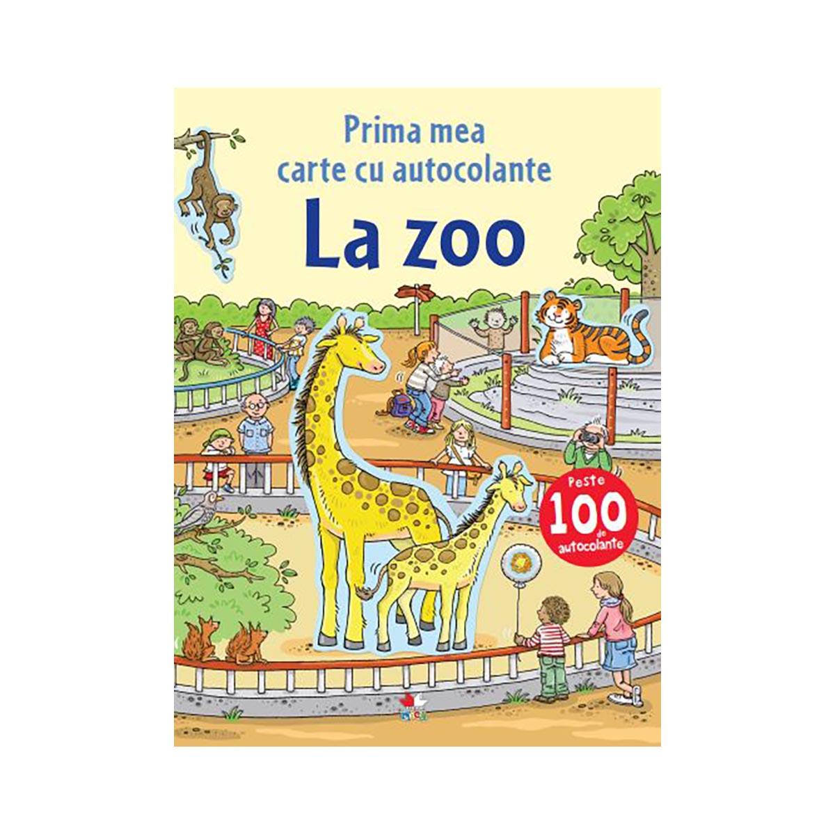 Carte cu autocolante Editura Litera, La Zoo