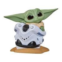 F1213_013w Figurina Star Wars Baby Yoda, Helmet Hide, F19745L00, 6 cm