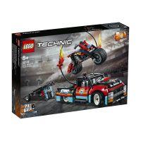 LG42106_001w LEGO® Technic - Camion si motocicleta pentru cascadorii (42106)