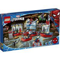 LG76175_001w LEGO® Marvel Super Heroes - Atac la adapostul paianjenului (76175)