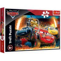 TF16358_001w Puzzle Trefl, Disney Cars, Cursa extrema, 100 piese