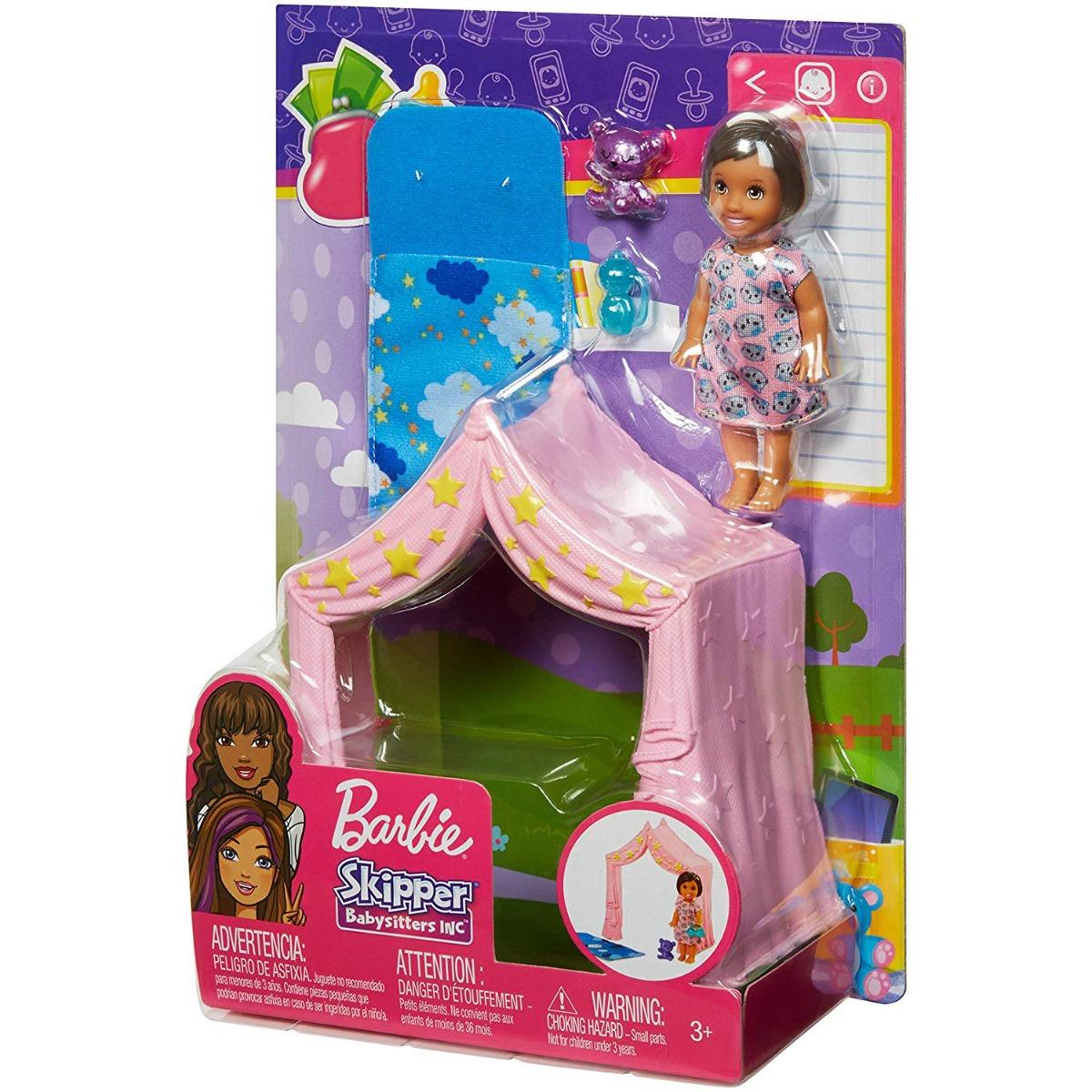 Set Barbie Skipper Babysitters, sac de dormit si cort, FXG97