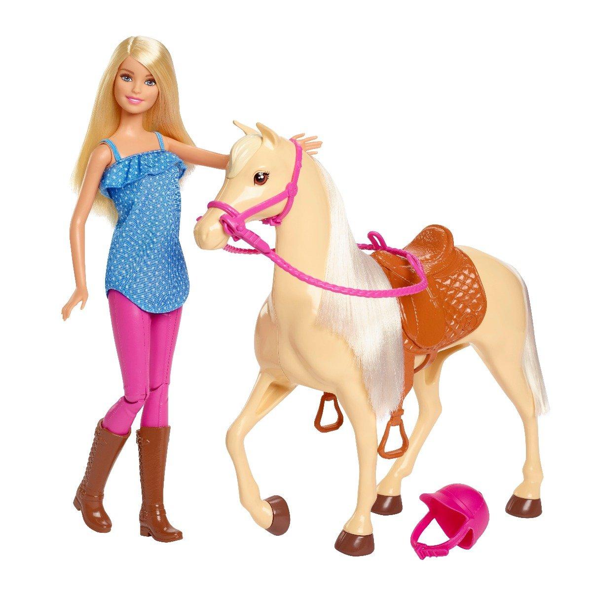 Set de joaca Barbie, Papusa si calut