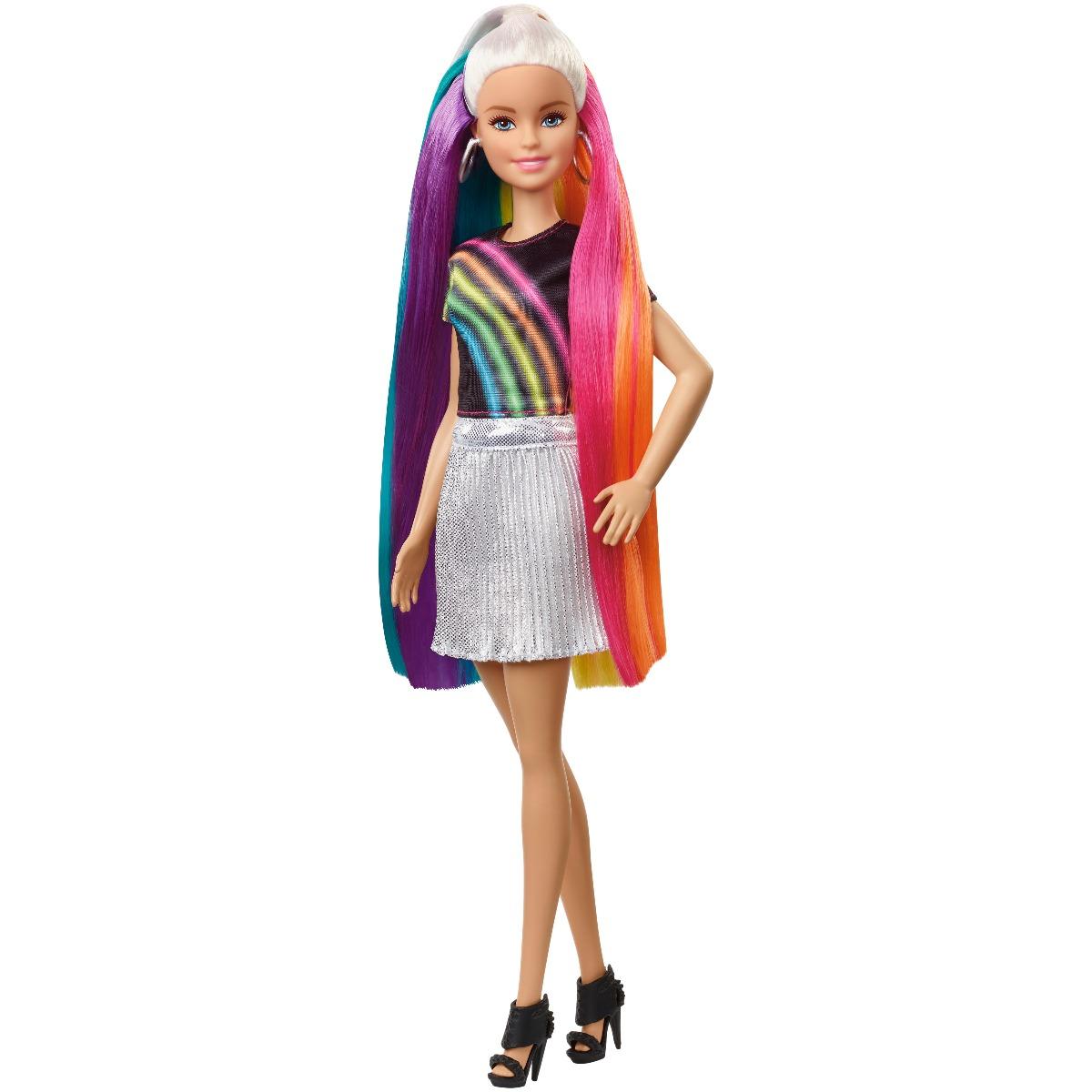 Set Papusa Barbie Cu Accesorii De Coafat