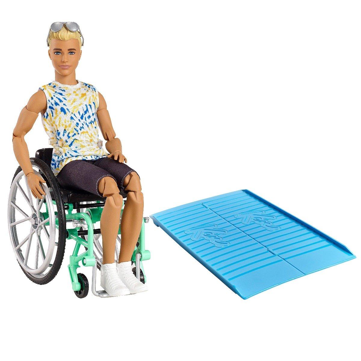 Papusa Barbie Fashionistas, Ken in scaun cu rotile, 167