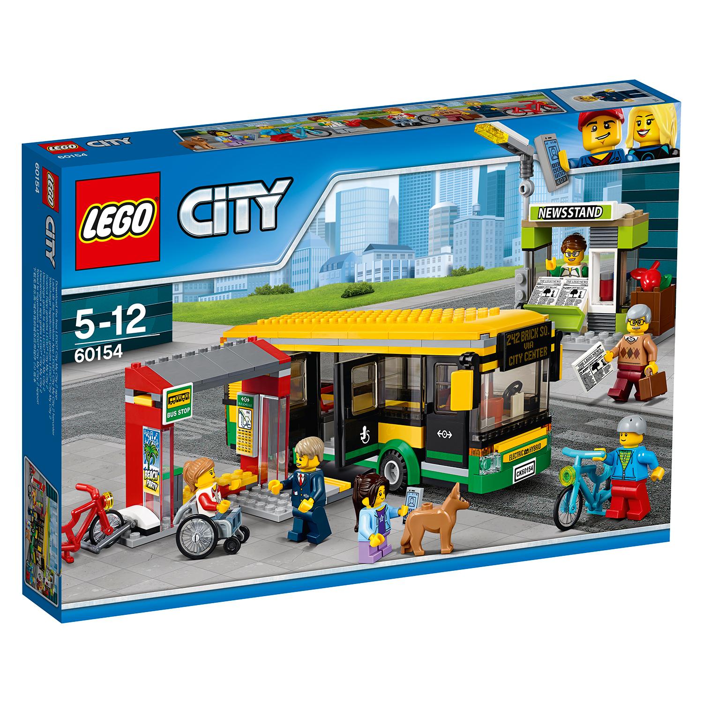 lego® city town - statie de autobuz (60154)