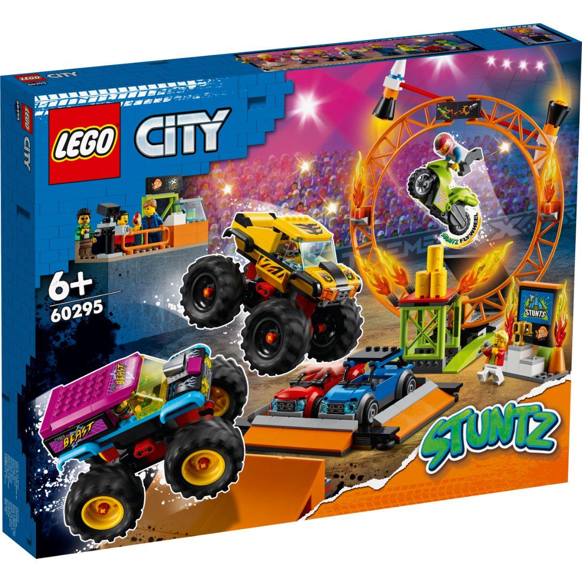 LEGO® City - Arena de cascadorii (60295)