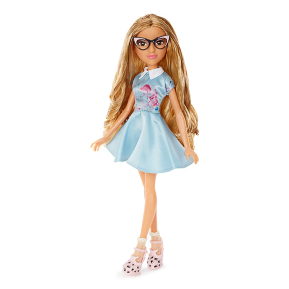 papusa project mc2 - adrienne attoms