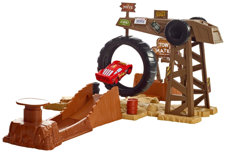 set de joaca cars mater's challenge - pista si masina