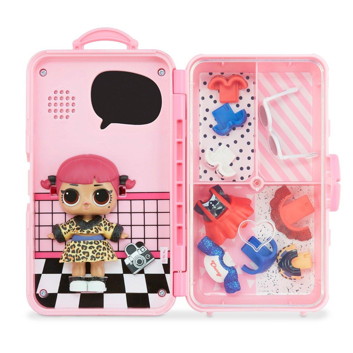 Papusa LOL Surprise Style Suitcase. Cherry. 560425